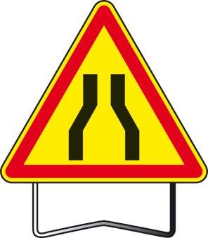 panneau signalisation danger chauss e r tr cie ak3 taliaplast. Black Bedroom Furniture Sets. Home Design Ideas
