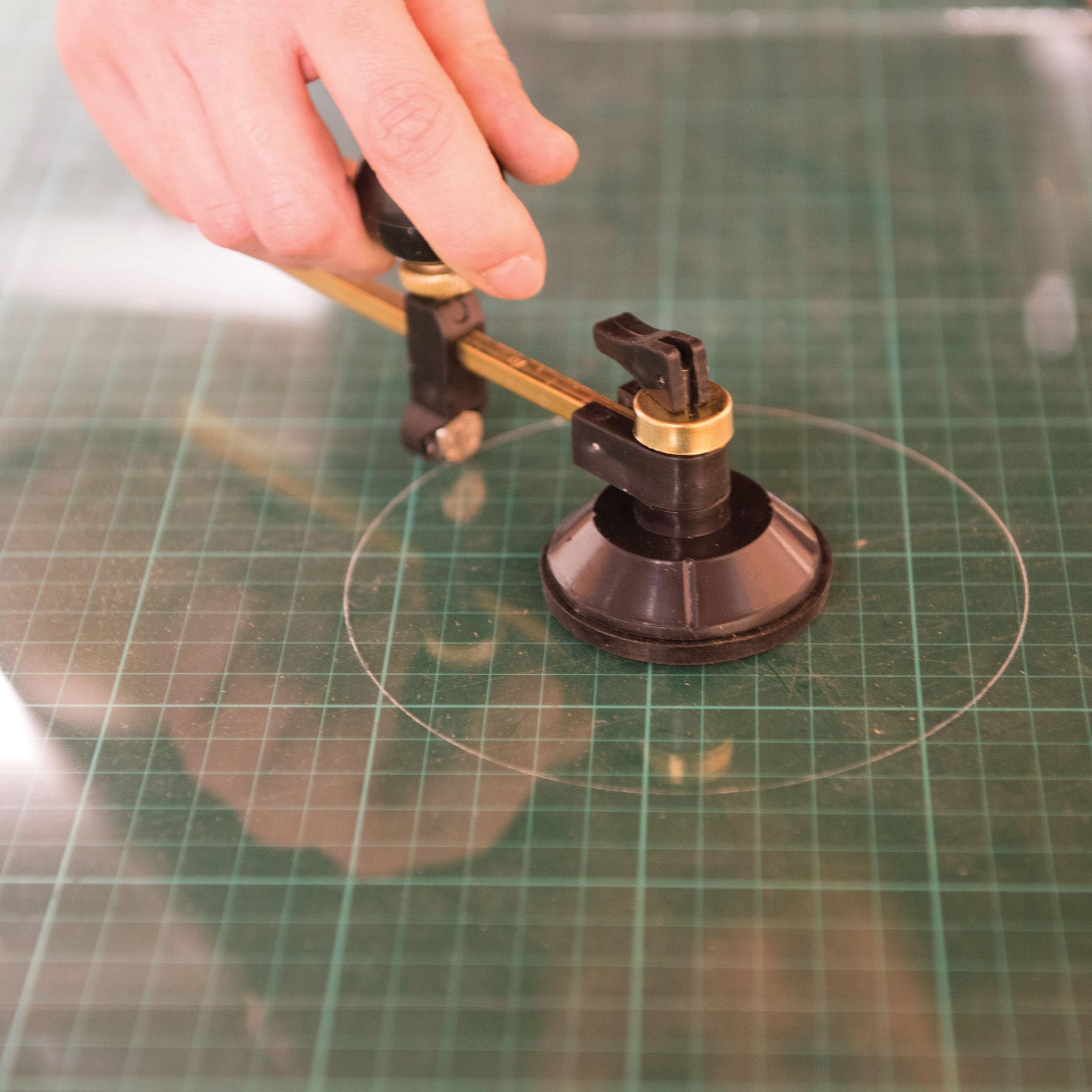 coupe verre circulaire avec barillet 6 molettes en carbure tungst ne. Black Bedroom Furniture Sets. Home Design Ideas