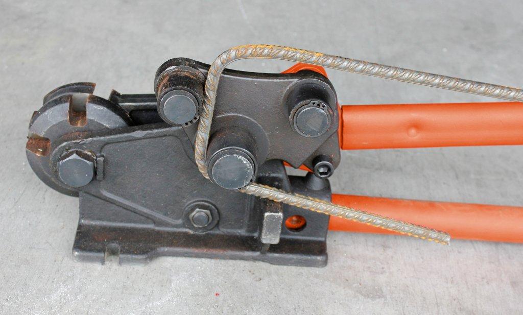 Guillotine fer b ton cisaille et cintreuse edma krenobat - Cintreuse fer a beton ...